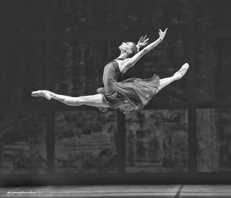 5 razões para bailarinos praticarem GYROTONIC®
